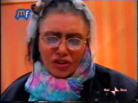 Loredana Berte' - Music Farm 2004 pomeridiano seconda settimana (seconda parte)