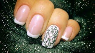 Новогодний дизайн ногтей. Зимнее серебро.Серебряное украшение на ногтях Френч.
