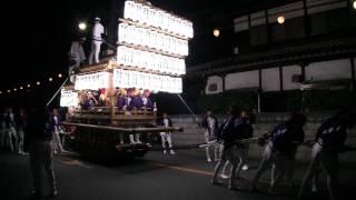 2010/10/2に行われた上神谷地区だんじり祭り宵宮泉田中曳行。 映像撮影...