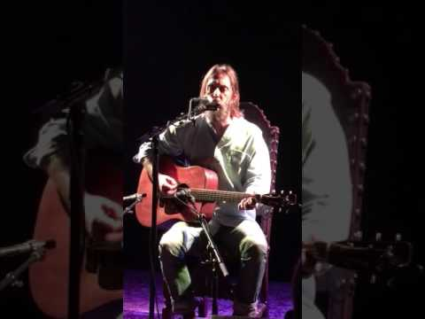 Chris Robinson Good Friday Black Crowes solo acoustic