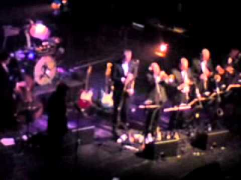 BRYAN FERRY & Orchestra - The Jazz Age - THE ONLY FACE live @Admiralspalast Berlin 08/04/2013