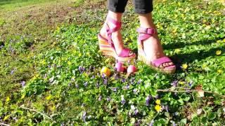 Custom Clip:  Eggheads crushed by high heeled Wedges & Cigarette