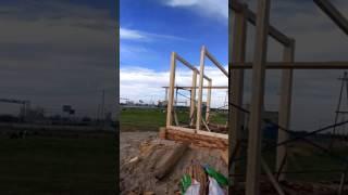 видео Отделка деревом гаража из сэндвич панелей