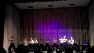 """Танец """"Мы маленькие дети""""на песню из к/ф Приключения Электроника"""