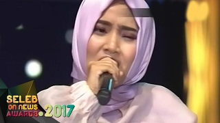 "Video Keren!! Duet Fatin dan Virzha "" Aku Memilih Setia & Kita yang Beda "" - Seleb On News Awards (9/2) download MP3, 3GP, MP4, WEBM, AVI, FLV September 2018"