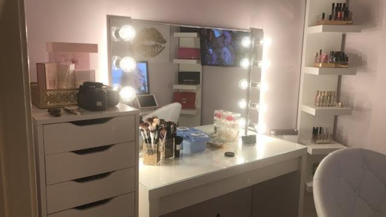 CLOSET/MAKEUP ROOM - YouTube on Makeup Room  id=27299