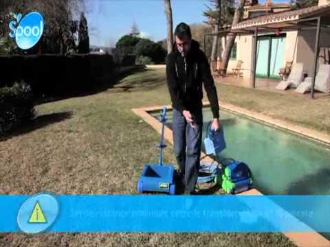 Robot piscine gr kayak advance youtube for Robot piscine