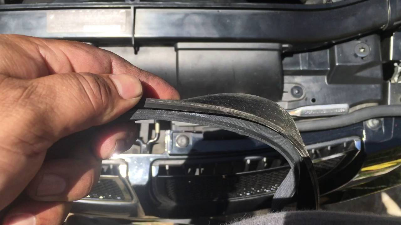 info on serpentine belt drive belt 3 series e90 5 series e39 528i 328i m5 m3 youtube [ 1280 x 720 Pixel ]