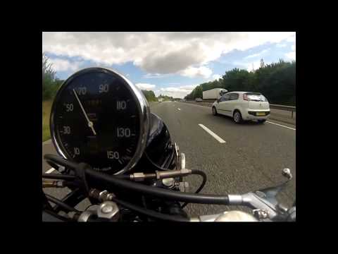 1950 Vincent Comet - Sunday morning ride in Leicestershire