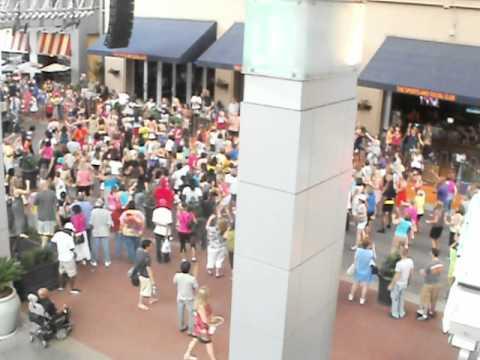 Fourth Street Live Flash Mob