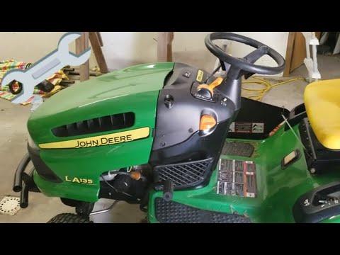 Changing The Oil In Your John Deere Lawn Tractor! | John Deere LA135