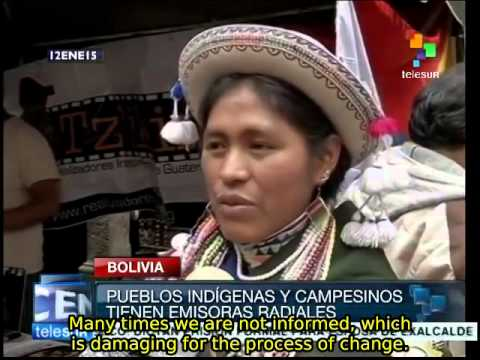 Bolivian government helps create 100 community radio stations