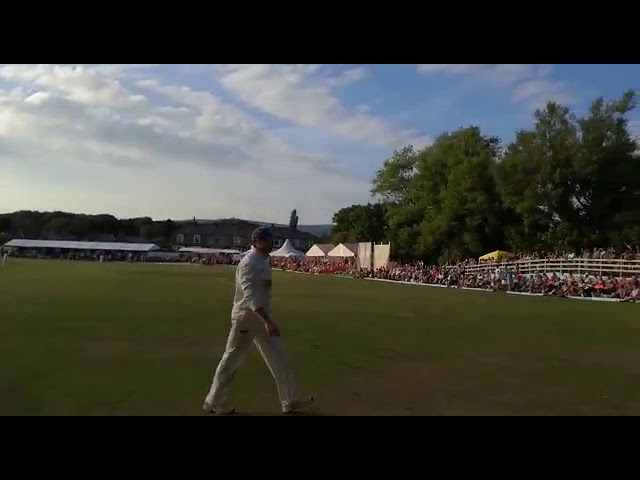 Worsley Cup Final 2018 - Final 2 balls - Alternative View