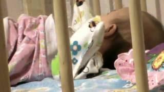 развитие ребёнка 2 месяца (начало гуления)(, 2016-06-30T07:03:35.000Z)