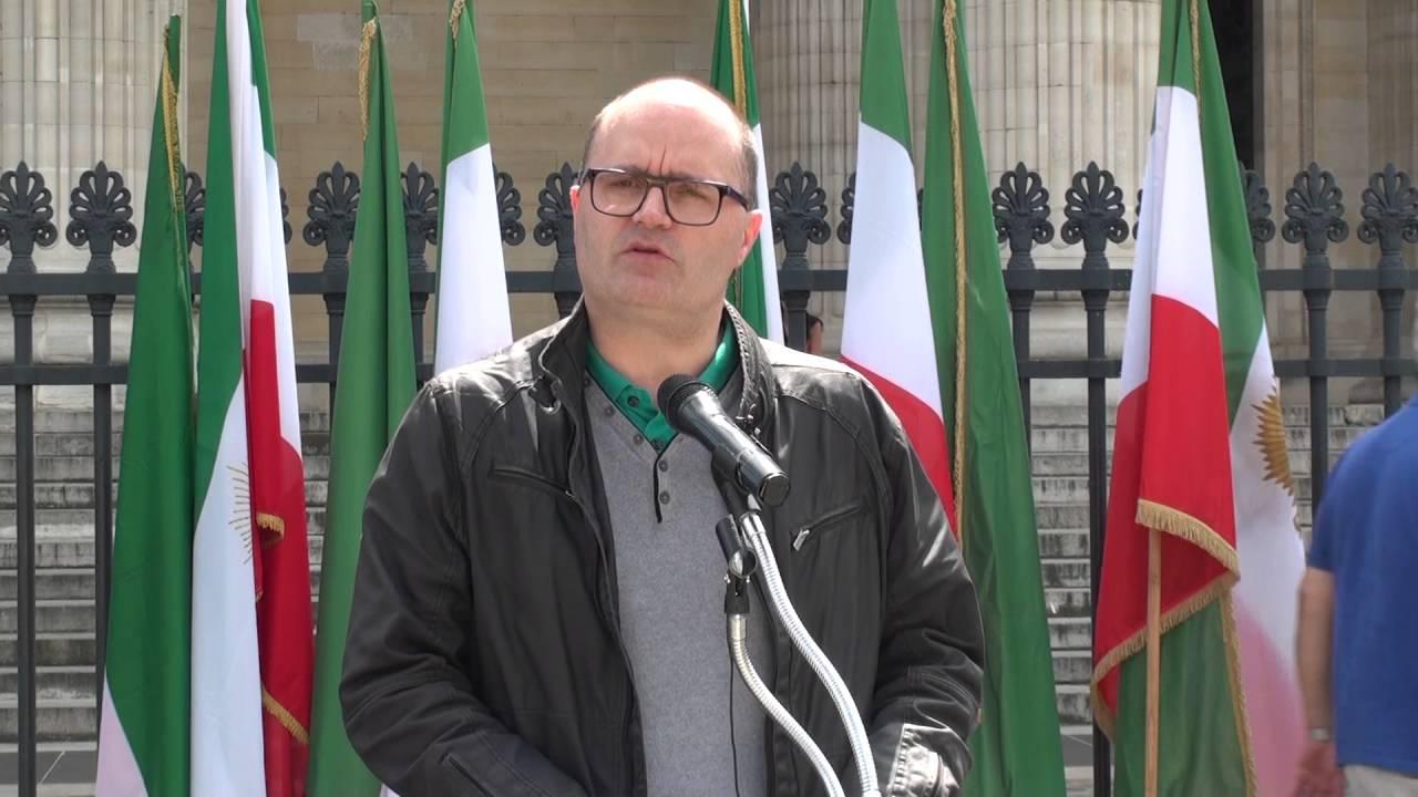 Des manifestants à Paris contre le visite de Javad Zarif à Paris - Emmanuel Poilane