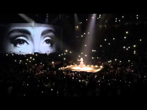 Adele Opening Night MEN Arena Manchester