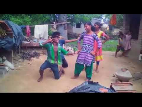 Desi गॉव के dancing video girls & boys to halbi songs in !