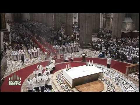 CHIESA TV - canale 195 - 11 giugno 2016 Duomo di  Milano - ordinazioni di 26 sacerdoti