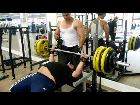 165kg bench press personal best