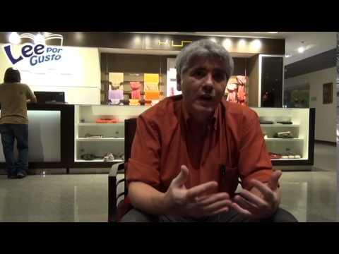 Juan Bonilla, ganador de la I Bienal de Novela Mar...