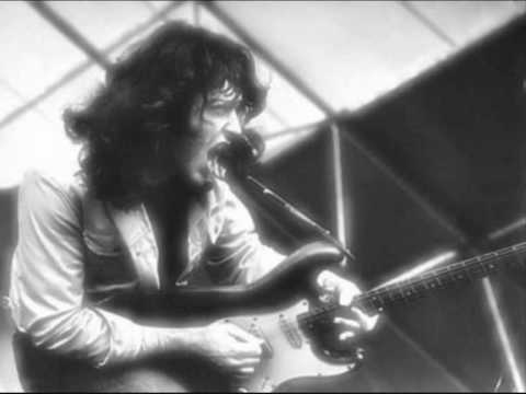 Rory Gallagher - She moved thro' the fair.