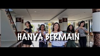 Download lagu HANYA BERMAIN - INDAH FT BAGARAP (OFFICIAL MUSIC VIDEO)