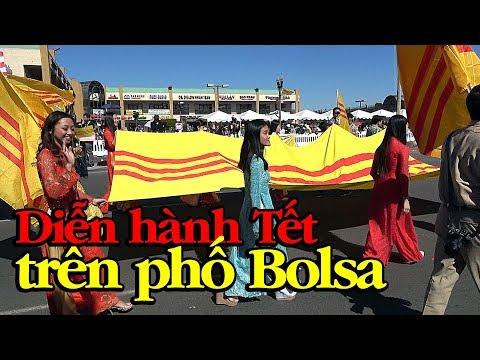 Mậu Tuất 2018: Toàn cảnh diễn hành trên đường Bolsa sáng mùng 2 Tết