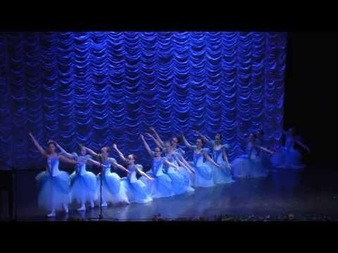 """Vivaldi """"Cztery pory roku"""" Zima (Largo) tańczą dzieci z Ogniska Baletowego w Szczecinie."""