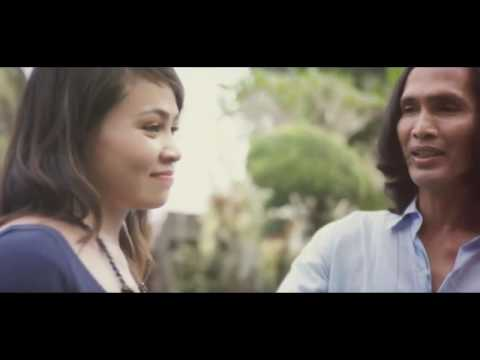 Tua Ngalahang Bajang - Yan Mus Feat Dek Sita - Cipt: Putu Bejo (Official Music Video)