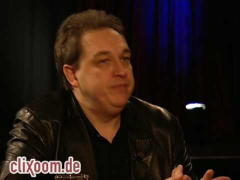 Oliver Kalkofe: TV-Redakteure lachen über die Blödheit des Publikums!