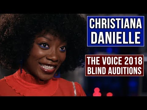 Christiana Danielle performs smooth sultry version of Hotline Bling | The Voice 2018