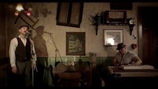 Rummelsnuff & Asbach - Vida de Vidro (Official Video Clip)