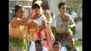 Tau'olunga - Traditional  Solo Dance for King George Tupou V's  coronation