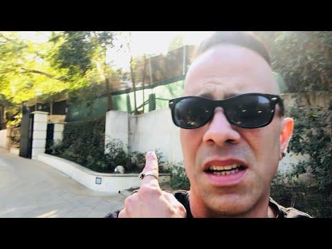 Beyoncé's House! Ellen's House! A Tour Of Beverly Hills