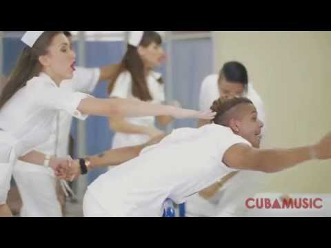 "La Charanga Habanera y David Calzado ""LA PEGADERA"" - (Official Video) Salsa Cubana 2015"