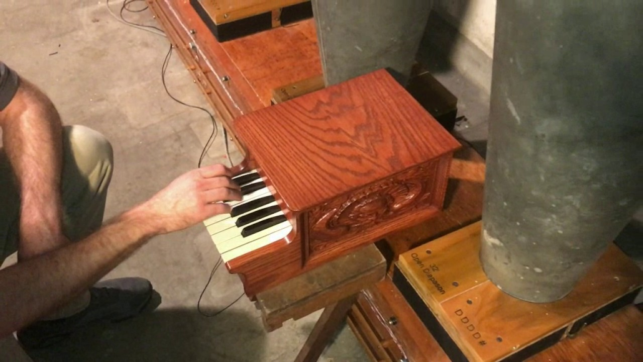 Testing the 32' Diapason on the Largest Pipe Organ in the World!