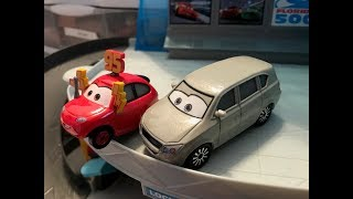 Disney Cars Melissa Bernabrake and Maddy McGear (2-Pack) Review
