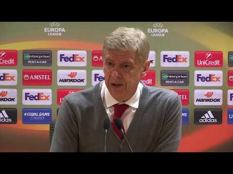 Wenger: When you love football, you love Mesut Ozil