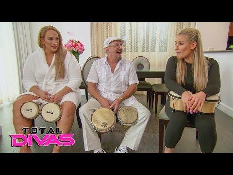 Naomi sends her birthday surprise: Total Divas Bonus Clip, Oct. 24, 2018