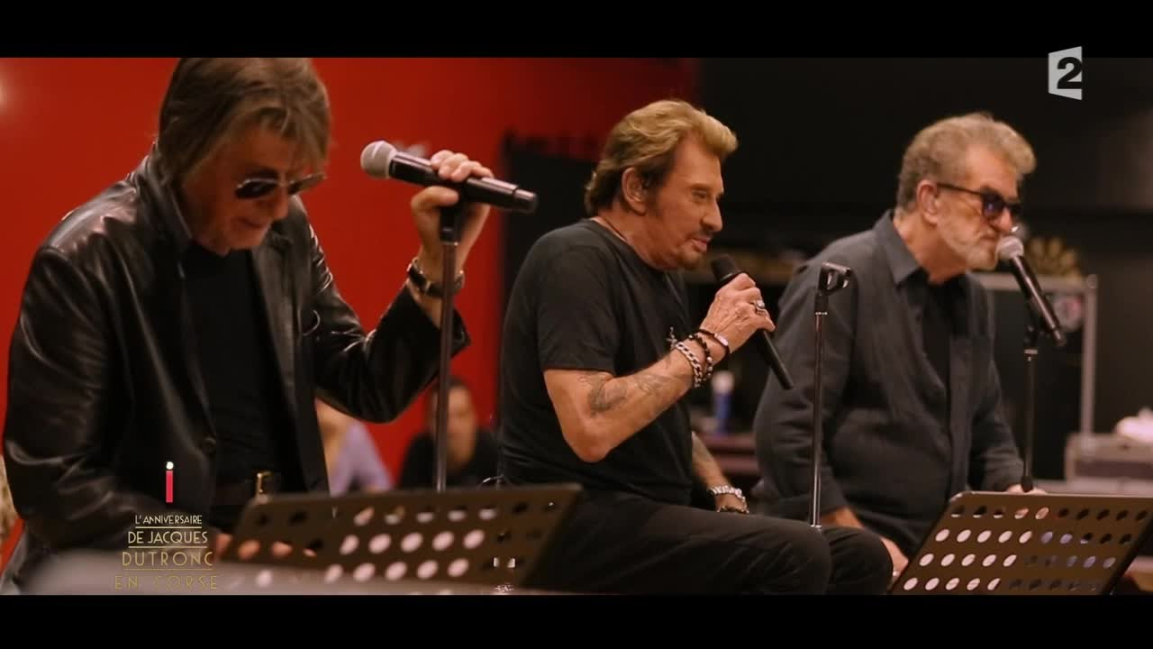 5fd153945d Johnny Hallyday, Eddy Mitchel et Jacques Dutronc chantent