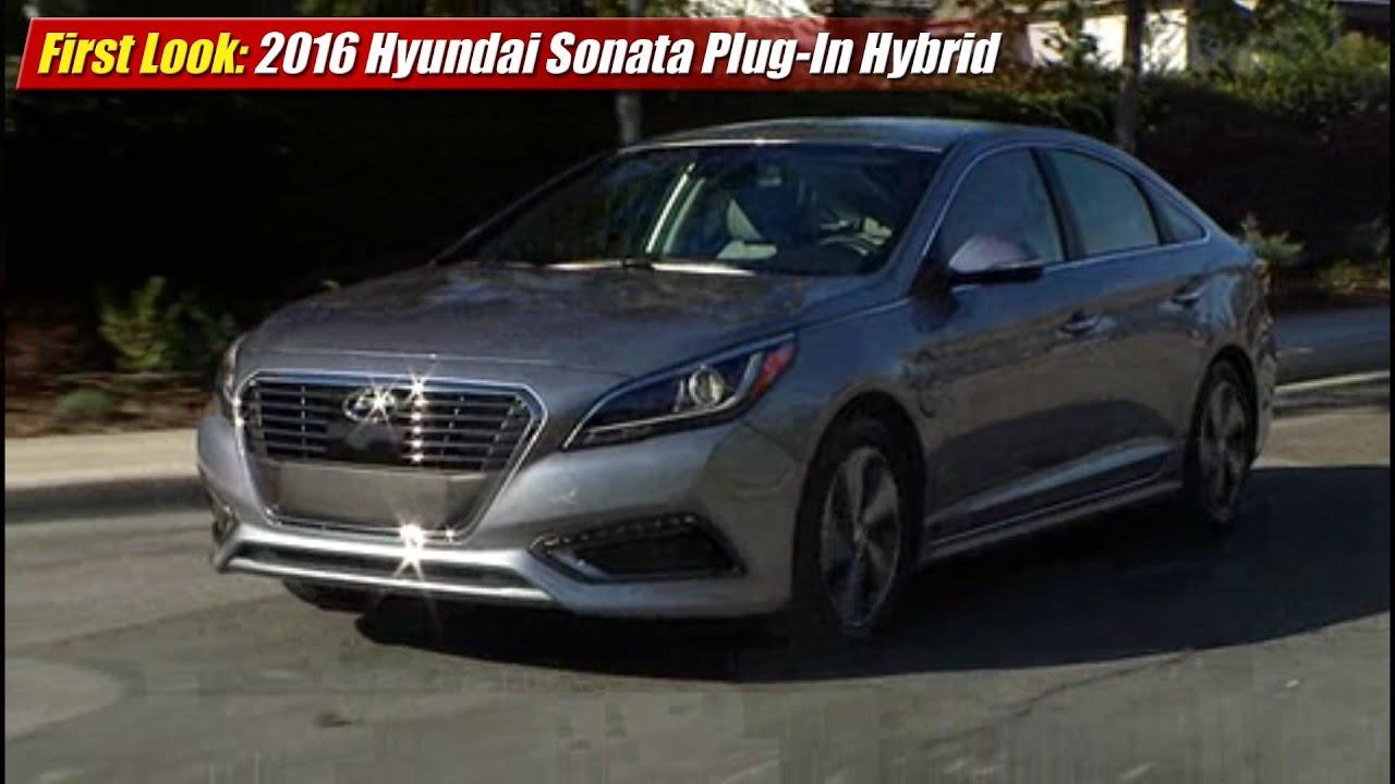 h sonata live hybrid detroit and auto show news photos video hyundai plug in