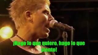 La canción Smash traducida al español. I DO NOT OWN THIS CLIP OR SO...