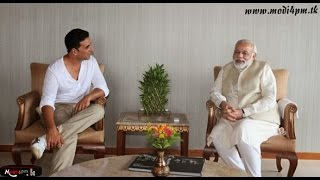 Akhay Kumar and Paresh Raval with Narendra Modi