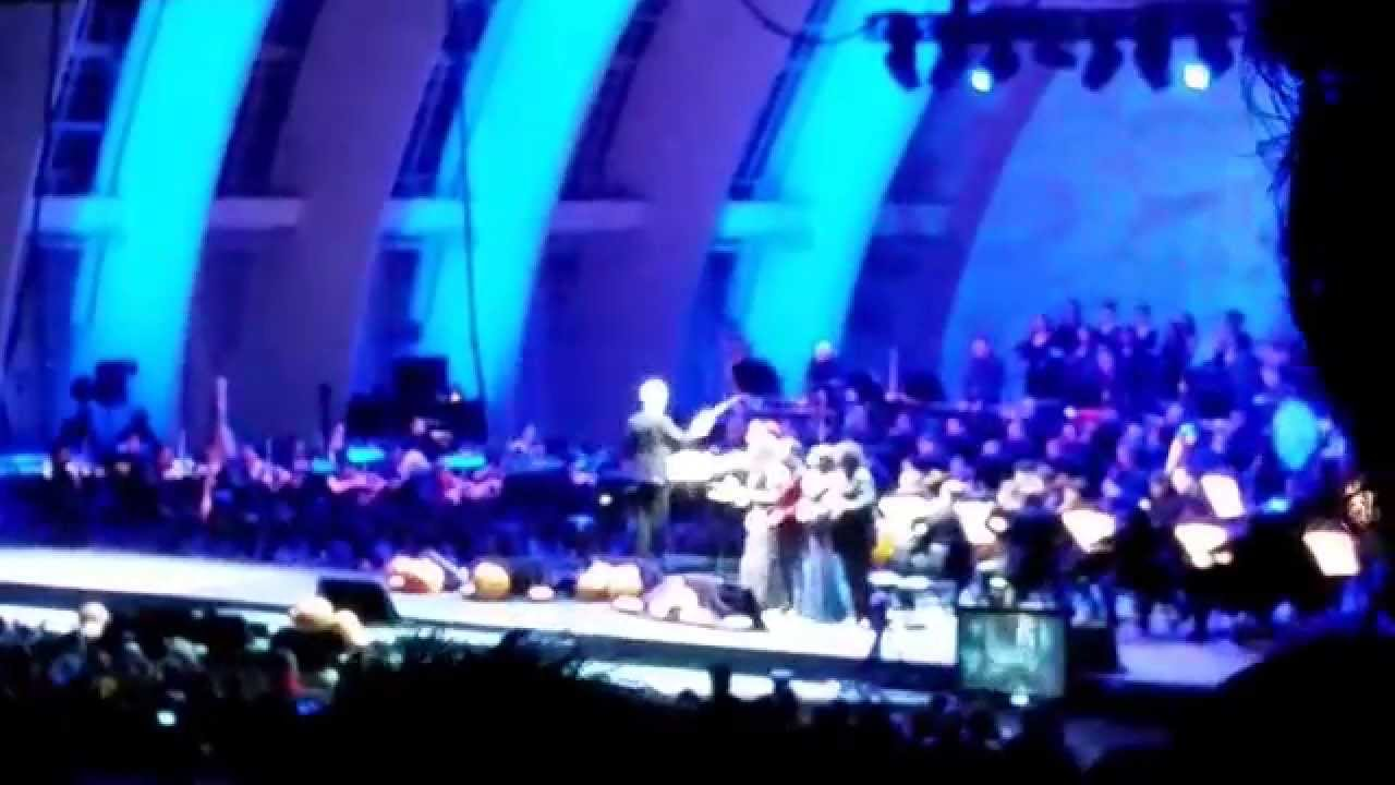"""Danny Elfman Nightmare Before Christmas - """"This is Halloween"""" live at the Hollywood Bowl - YouTube"""