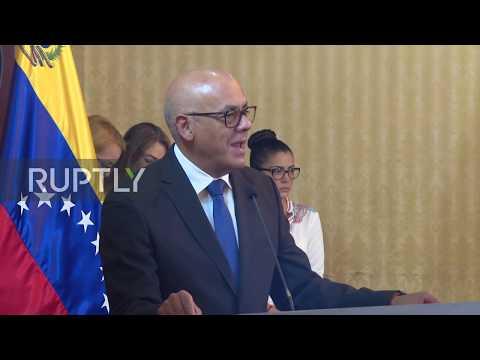 Venezuela: Government signs