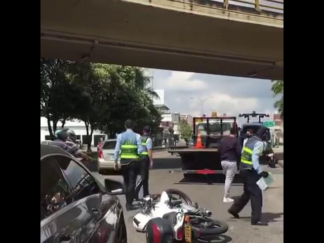 Mujer escapa de retén policial en Bucaramanga