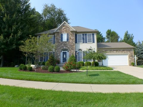 6749 English Oak East Lansing Michigan. Greater Lansing Real Estate. House For Sale.