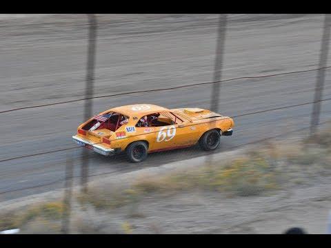 Desert Thunder Raceway Mini Stock Heat Race 9/30/17