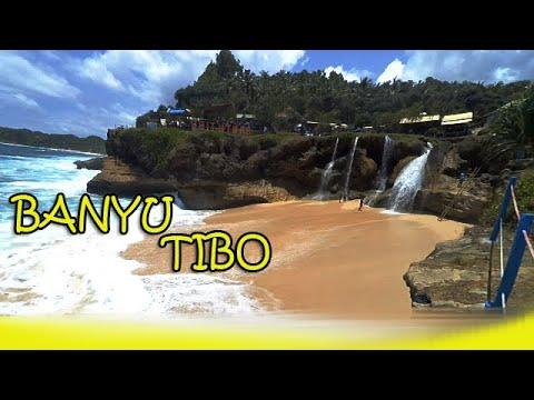 wisata-alam-pantai-banyu-tibo,-pacitan