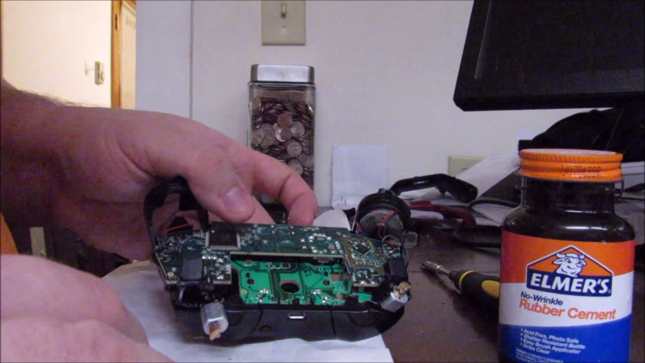 How to quiet down an Xbox One Controller that's vibrating loudly